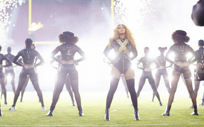 Beyonce-Formation-Superbowl-2016-900-x-830-px-e1455003840723-710x444